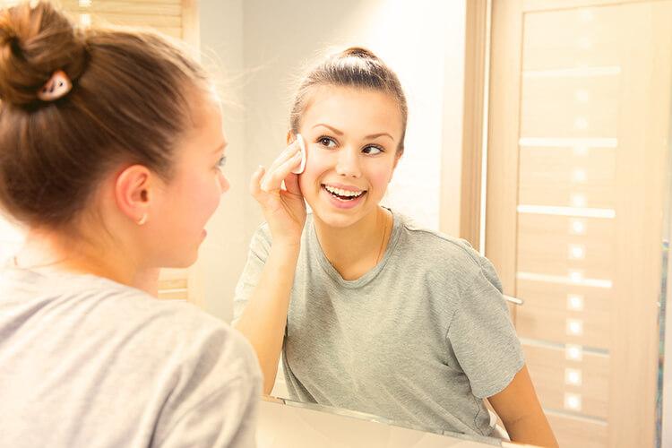 cura della pelle in adolescenza