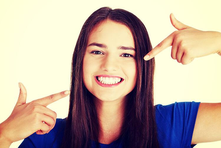 eliminare-cicatrici-da-acne-adolescenza
